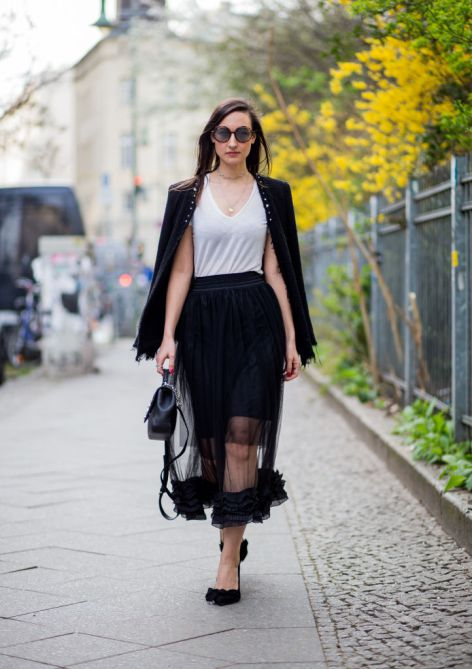 slimming clothing 1 12 Styling Tips That Will Slim You Down in a Snap
