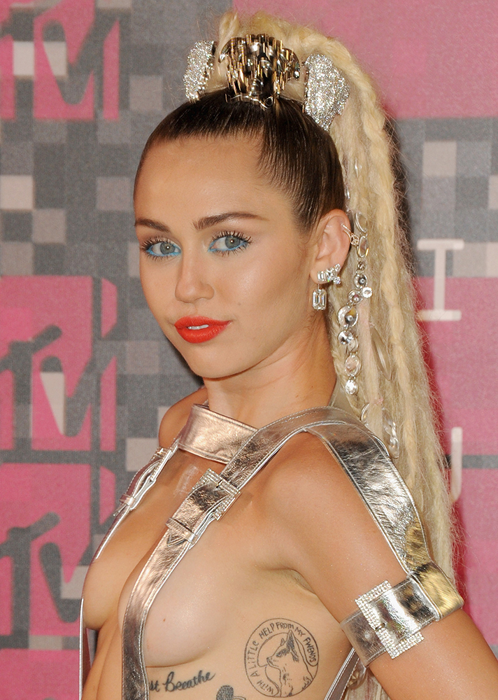 miley cyrus 2015 mtv video music awards1 The Complicated Beauty Evolution of Miley Cyrus
