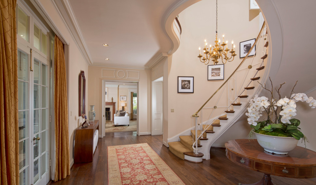 Taylor Swift Bev Hills Home A Peek Inside the Most Over the Top Celebrity Homes