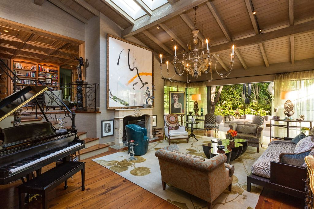 jennifer lopez home A Peek Inside the Most Over the Top Celebrity Homes