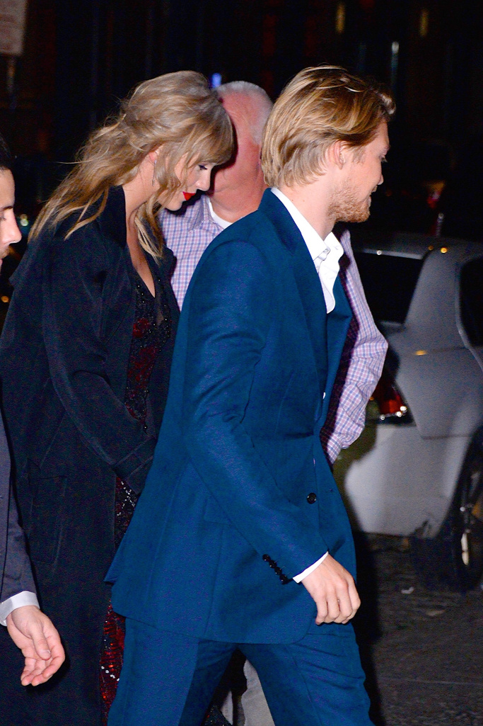 taylor swift joe alwyn Why Taylor Swift Probably Wont Be at the Grammys This Weekend