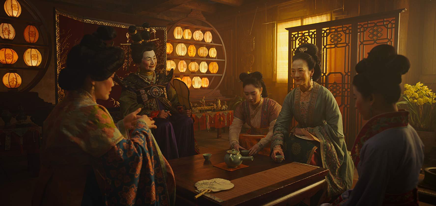 Rosalind Chao, Pei-Pei Cheng, Yifei Liu, and Xana Tang in Mulan (2020)